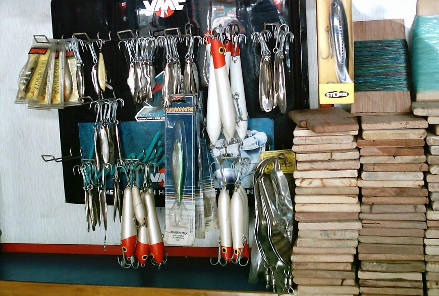Collection of jigs and Spoons at Mahigeer Water Sports